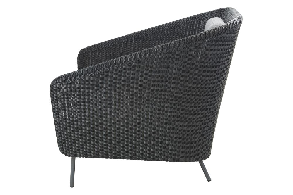 https://res.cloudinary.com/clippings/image/upload/t_big/dpr_auto,f_auto,w_auto/v1574683717/products/mega-lounge-chair-cane-line-bykato-clippings-11329523.jpg