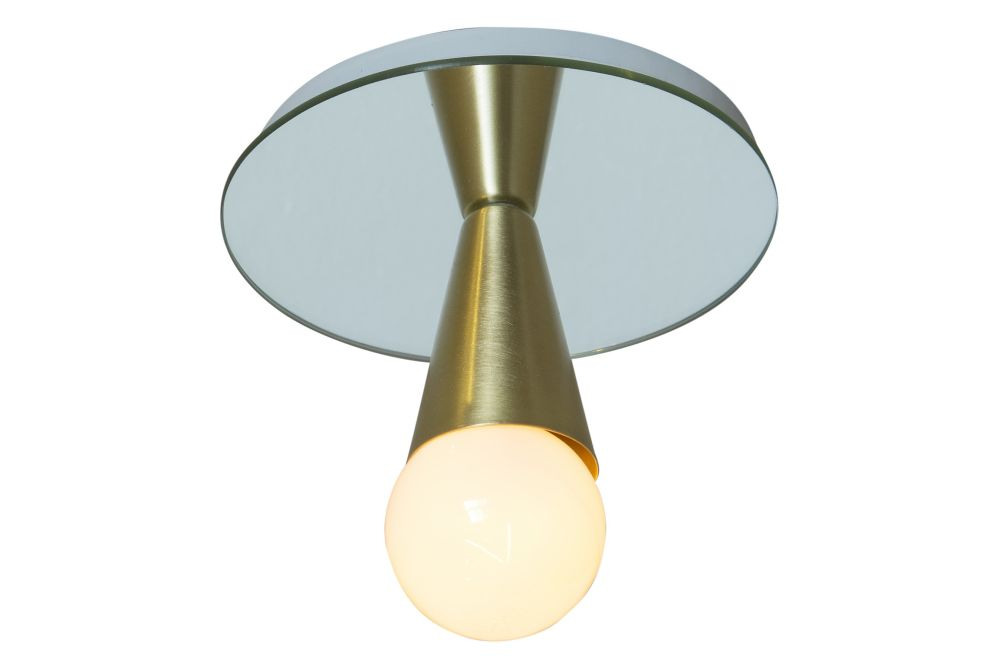 https://res.cloudinary.com/clippings/image/upload/t_big/dpr_auto,f_auto,w_auto/v1574757369/products/echo-sconce-ceiling-light-brass-souda-shaun-kasperbauer-clippings-11316161.jpg
