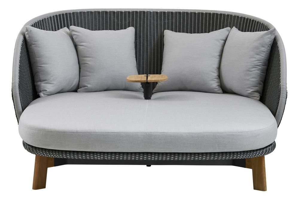 https://res.cloudinary.com/clippings/image/upload/t_big/dpr_auto,f_auto,w_auto/v1575355126/products/peacock-daybed-lounge-chair-cane-line-foersom-hiort-lorenzen-mdd-clippings-11331392.jpg