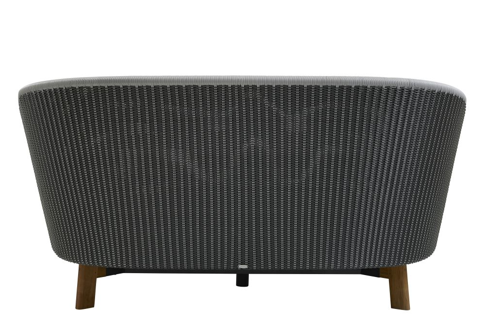 https://res.cloudinary.com/clippings/image/upload/t_big/dpr_auto,f_auto,w_auto/v1575355138/products/peacock-daybed-lounge-chair-cane-line-foersom-hiort-lorenzen-mdd-clippings-11331393.jpg