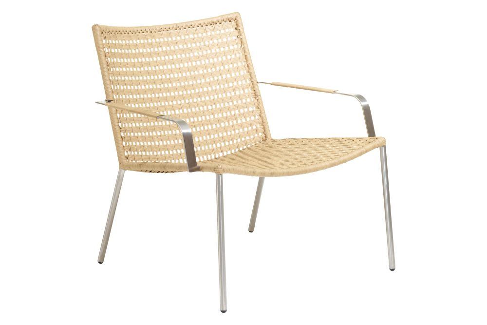 https://res.cloudinary.com/clippings/image/upload/t_big/dpr_auto,f_auto,w_auto/v1575522286/products/straw-flat-weave-lounge-chair-cane-line-foersom-hiort-lorenzen-mdd-clippings-11331788.jpg