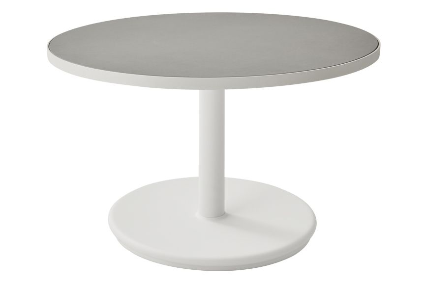 https://res.cloudinary.com/clippings/image/upload/t_big/dpr_auto,f_auto,w_auto/v1575529072/products/go-round-60%C3%B8-coffee-table-cane-line-cane-line-design-team-clippings-11332347.jpg