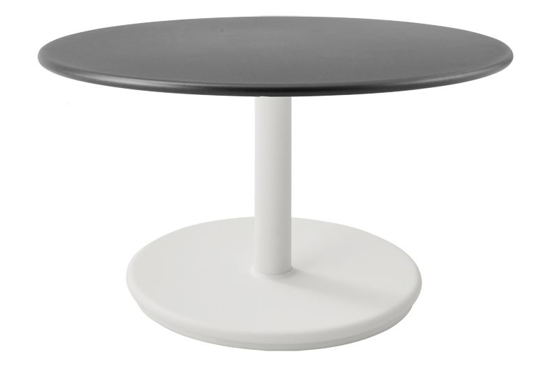 https://res.cloudinary.com/clippings/image/upload/t_big/dpr_auto,f_auto,w_auto/v1575529073/products/go-round-60%C3%B8-coffee-table-cane-line-cane-line-design-team-clippings-11332351.jpg