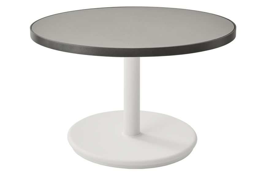 https://res.cloudinary.com/clippings/image/upload/t_big/dpr_auto,f_auto,w_auto/v1575529363/products/go-round-60%C3%B8-coffee-table-cane-line-cane-line-design-team-clippings-11332355.jpg