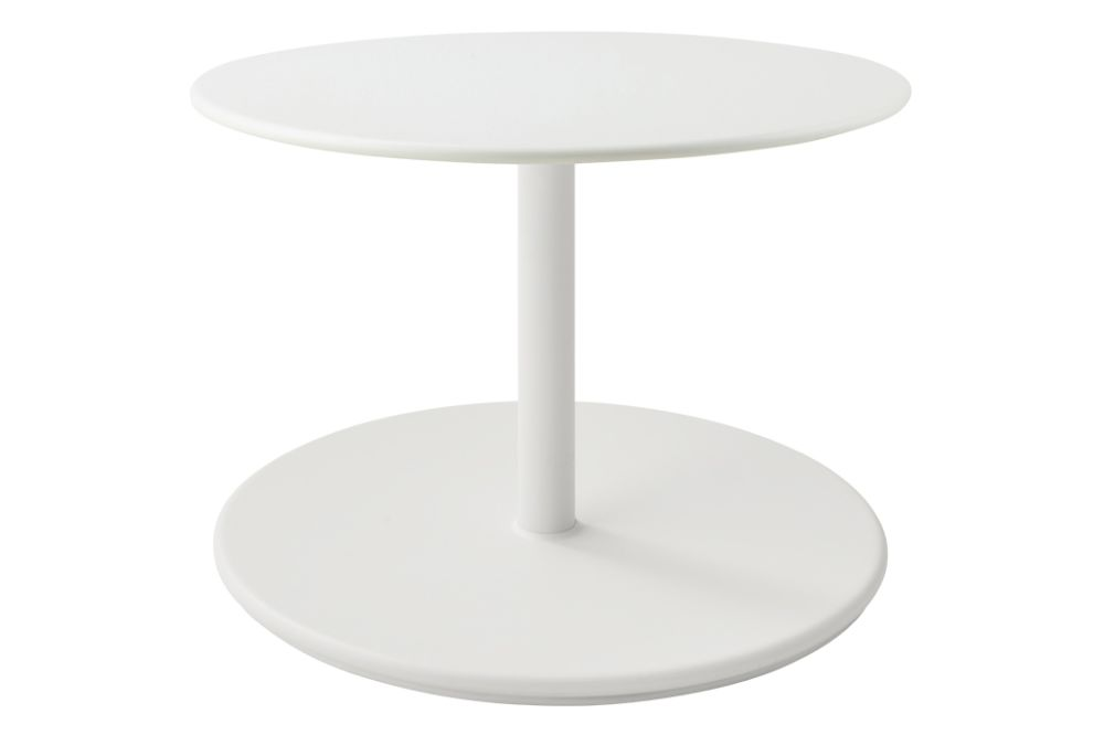 https://res.cloudinary.com/clippings/image/upload/t_big/dpr_auto,f_auto,w_auto/v1575529400/products/go-round-60%C3%B8-coffee-table-cane-line-cane-line-design-team-clippings-11332387.jpg