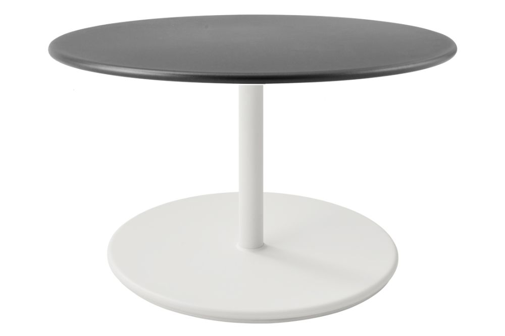 https://res.cloudinary.com/clippings/image/upload/t_big/dpr_auto,f_auto,w_auto/v1575536547/products/go-round-80%C3%B8-coffee-table-cane-line-cane-line-design-team-clippings-11332501.jpg