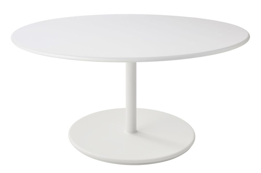 https://res.cloudinary.com/clippings/image/upload/t_big/dpr_auto,f_auto,w_auto/v1575537485/products/go-round-110%C3%B8-coffee-table-cane-line-cane-line-design-team-clippings-11332516.jpg