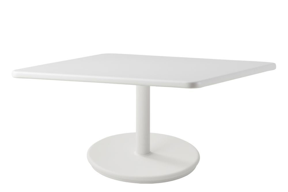 https://res.cloudinary.com/clippings/image/upload/t_big/dpr_auto,f_auto,w_auto/v1575538232/products/go-square-75x75-coffee-table-cane-line-cane-line-design-team-clippings-11332536.jpg
