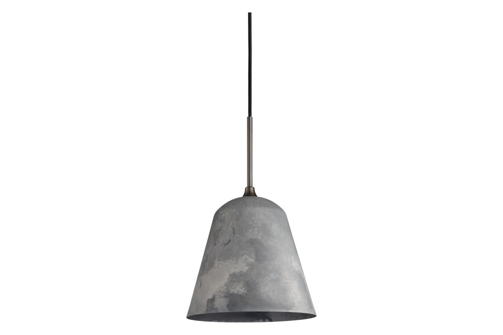 https://res.cloudinary.com/clippings/image/upload/t_big/dpr_auto,f_auto,w_auto/v1576162148/products/line-one-pendant-light-norr11-rune-kr%C3%B8jgaard-knut-bendik-humlevik-clippings-11334950.jpg