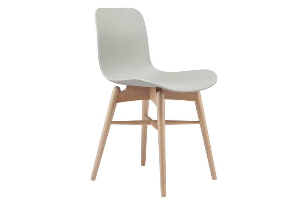 https://res.cloudinary.com/clippings/image/upload/t_big/dpr_auto,f_auto,w_auto/v1579267672/products/langue-original-dining-chair-norr11-rune-kr%C3%B8jgaard-knut-bendik-humlevik-clippings-11344077.jpg