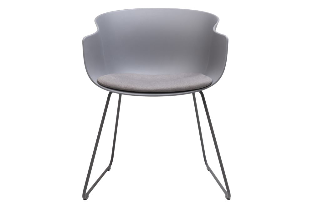 https://res.cloudinary.com/clippings/image/upload/t_big/dpr_auto,f_auto,w_auto/v1579755778/products/bai-armchair-upholstered-sled-base-ondarreta-ander-lizaso-clippings-11344872.jpg