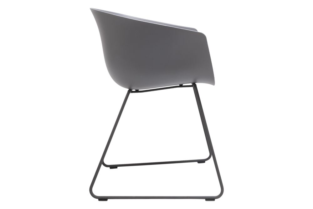 https://res.cloudinary.com/clippings/image/upload/t_big/dpr_auto,f_auto,w_auto/v1579755780/products/bai-armchair-upholstered-sled-base-ondarreta-ander-lizaso-clippings-11344873.jpg