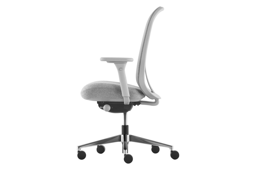 https://res.cloudinary.com/clippings/image/upload/t_big/dpr_auto,f_auto,w_auto/v1582295233/products/lino-task-chair-herman-miller-sam-hecht-and-kim-colin-clippings-11349134.jpg