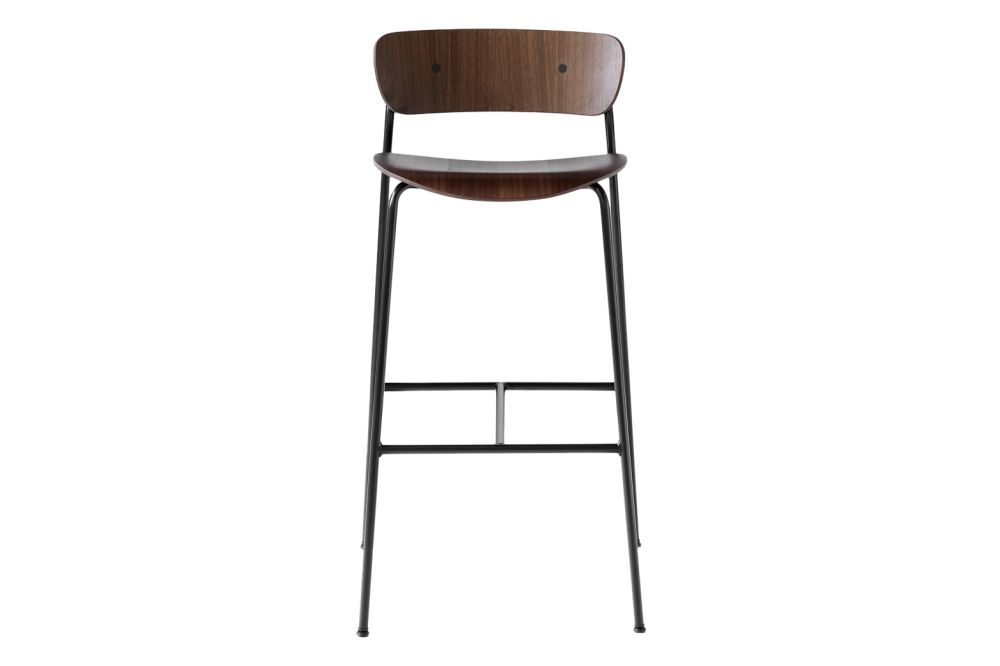 https://res.cloudinary.com/clippings/image/upload/t_big/dpr_auto,f_auto,w_auto/v1585671807/products/pavilion-av9-bar-stool-tradition-anderssen-voll-clippings-11362554.jpg