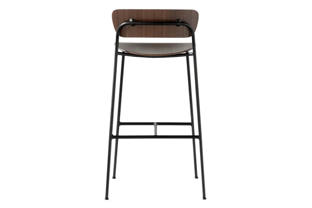 https://res.cloudinary.com/clippings/image/upload/t_big/dpr_auto,f_auto,w_auto/v1585671811/products/pavilion-av9-bar-stool-tradition-anderssen-voll-clippings-11362555.jpg