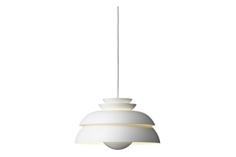https://res.cloudinary.com/clippings/image/upload/t_big/dpr_auto,f_auto,w_auto/v1588188138/products/concert-pendant-light-p1-small-fritz-hansen-jorn-utzon-clippings-11109730.jpg