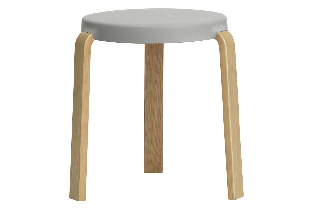 https://res.cloudinary.com/clippings/image/upload/t_big/dpr_auto,f_auto,w_auto/v1588835967/products/tap-stool-normann-copenhagen-simon-legald-clippings-1131981.jpg