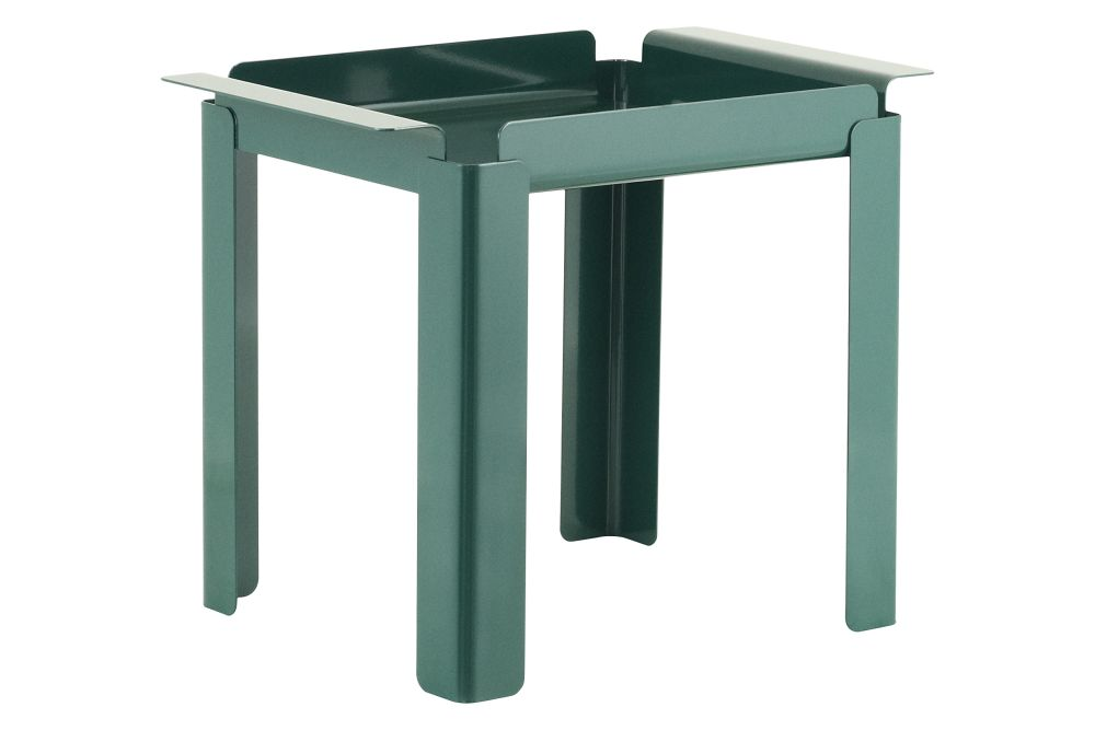https://res.cloudinary.com/clippings/image/upload/t_big/dpr_auto,f_auto,w_auto/v1589749472/products/box-side-table-normann-copenhagen-peter-johansen-clippings-11410262.jpg