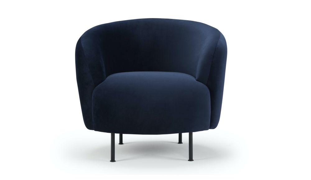 https://res.cloudinary.com/clippings/image/upload/t_big/dpr_auto,f_auto,w_auto/v1590569831/products/glover-armchair-blue-velvet-metal-legs-hayche-design-by-oliver-lukas-weisskrogh-clippings-11413230.jpg