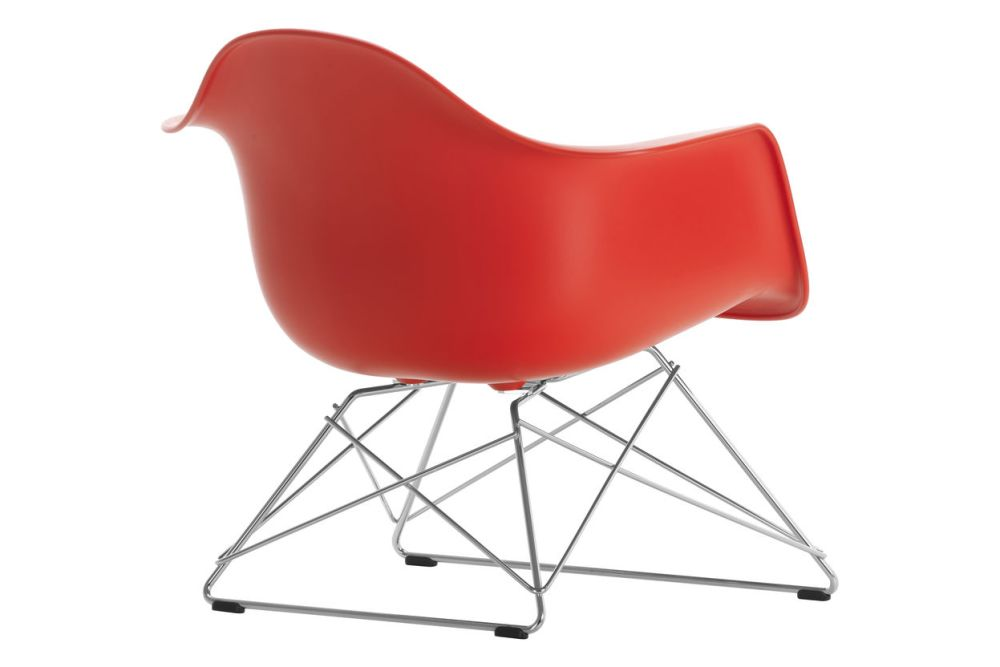 https://res.cloudinary.com/clippings/image/upload/t_big/dpr_auto,f_auto,w_auto/v1591176991/products/eames-lar-plastic-armchair-vitra-charles-ray-eames-clippings-11414080.jpg