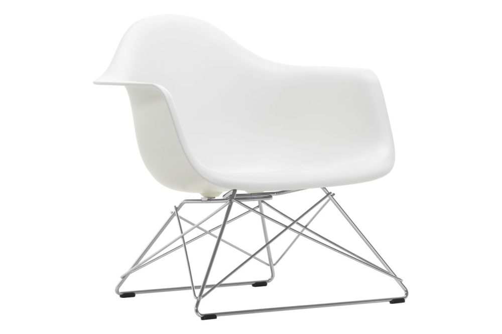 https://res.cloudinary.com/clippings/image/upload/t_big/dpr_auto,f_auto,w_auto/v1591177101/products/eames-lar-plastic-armchair-vitra-charles-ray-eames-clippings-11414089.jpg