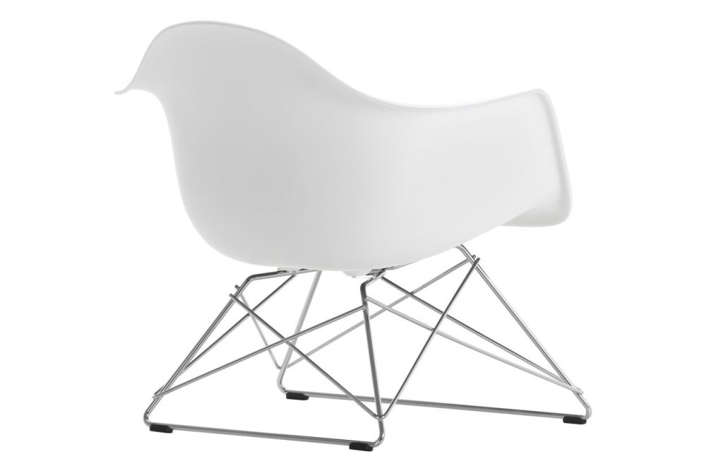 https://res.cloudinary.com/clippings/image/upload/t_big/dpr_auto,f_auto,w_auto/v1591177112/products/eames-lar-plastic-armchair-vitra-charles-ray-eames-clippings-11414094.jpg