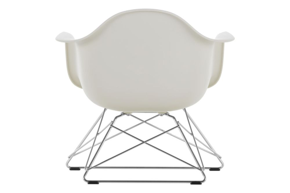 https://res.cloudinary.com/clippings/image/upload/t_big/dpr_auto,f_auto,w_auto/v1591177193/products/eames-lar-plastic-armchair-vitra-charles-ray-eames-clippings-11414103.jpg