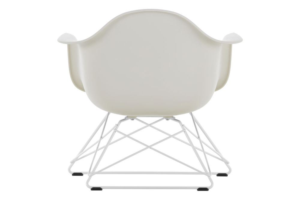 https://res.cloudinary.com/clippings/image/upload/t_big/dpr_auto,f_auto,w_auto/v1591177273/products/eames-lar-plastic-armchair-vitra-charles-ray-eames-clippings-11414106.jpg