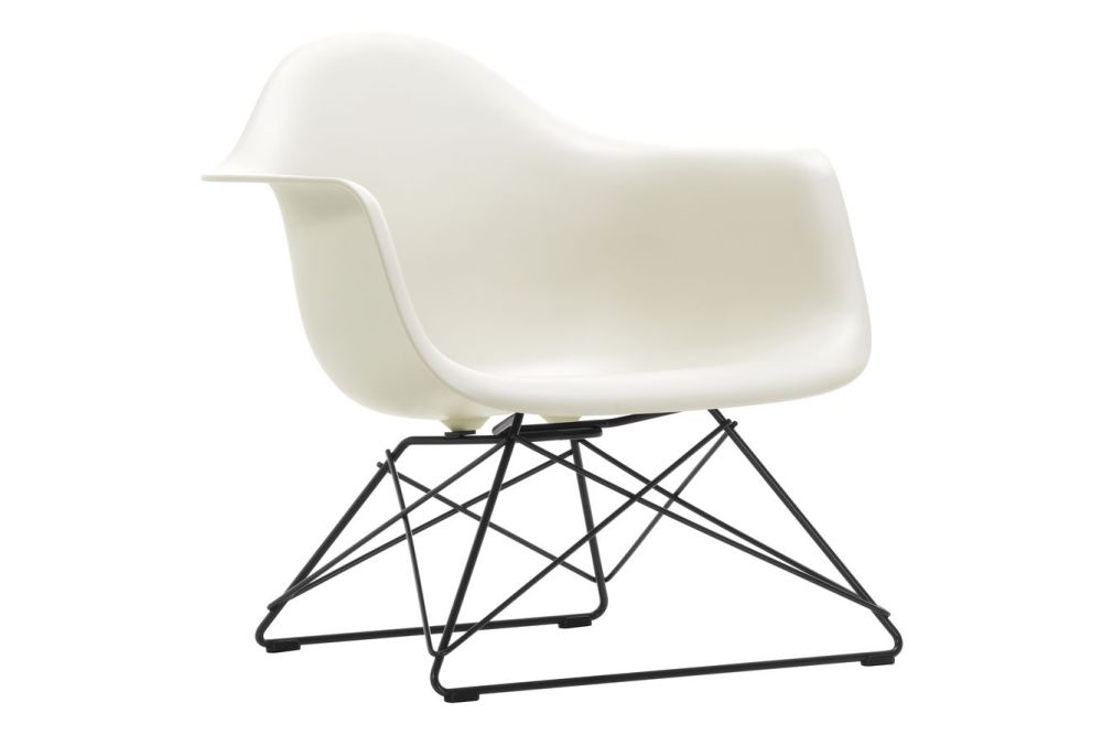https://res.cloudinary.com/clippings/image/upload/t_big/dpr_auto,f_auto,w_auto/v1591177323/products/eames-lar-plastic-armchair-vitra-charles-ray-eames-clippings-11414113.jpg