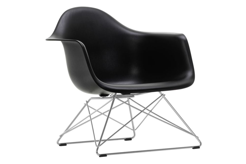 https://res.cloudinary.com/clippings/image/upload/t_big/dpr_auto,f_auto,w_auto/v1591177367/products/eames-lar-plastic-armchair-vitra-charles-ray-eames-clippings-11414116.jpg
