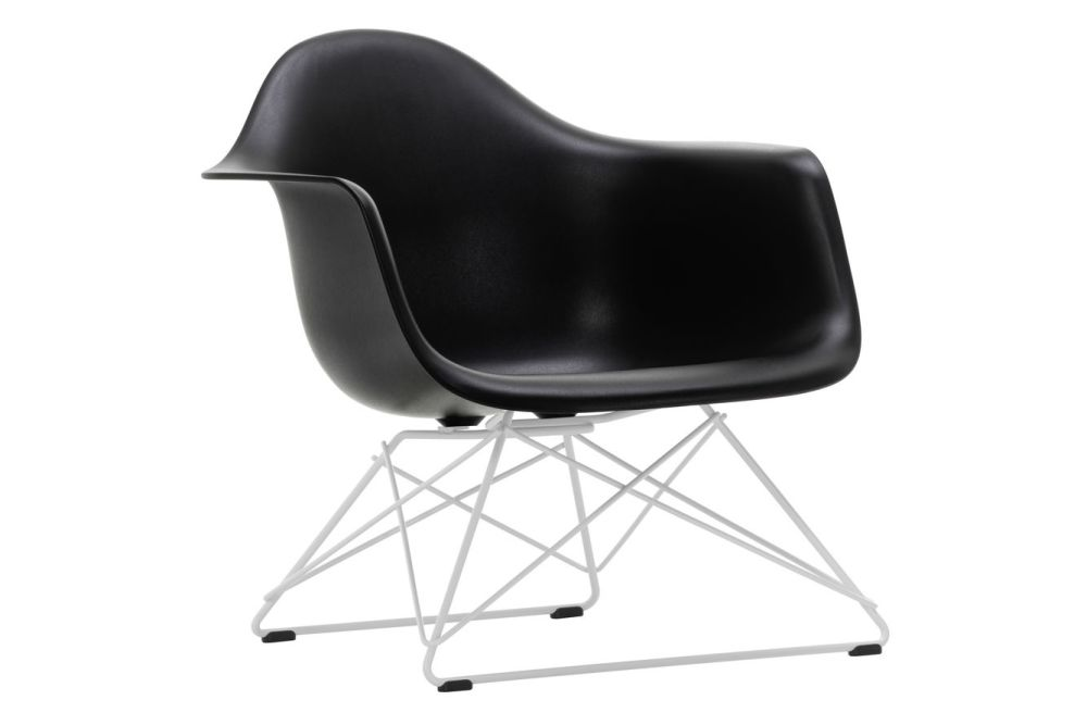 https://res.cloudinary.com/clippings/image/upload/t_big/dpr_auto,f_auto,w_auto/v1591177411/products/eames-lar-plastic-armchair-vitra-charles-ray-eames-clippings-11414119.jpg