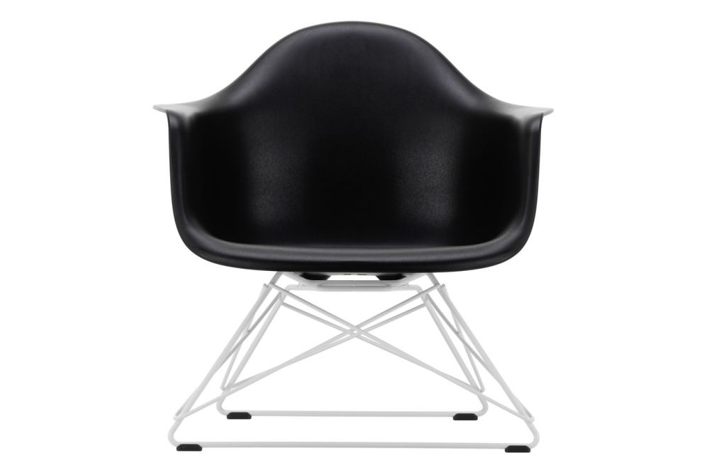 https://res.cloudinary.com/clippings/image/upload/t_big/dpr_auto,f_auto,w_auto/v1591177414/products/eames-lar-plastic-armchair-vitra-charles-ray-eames-clippings-11414121.jpg
