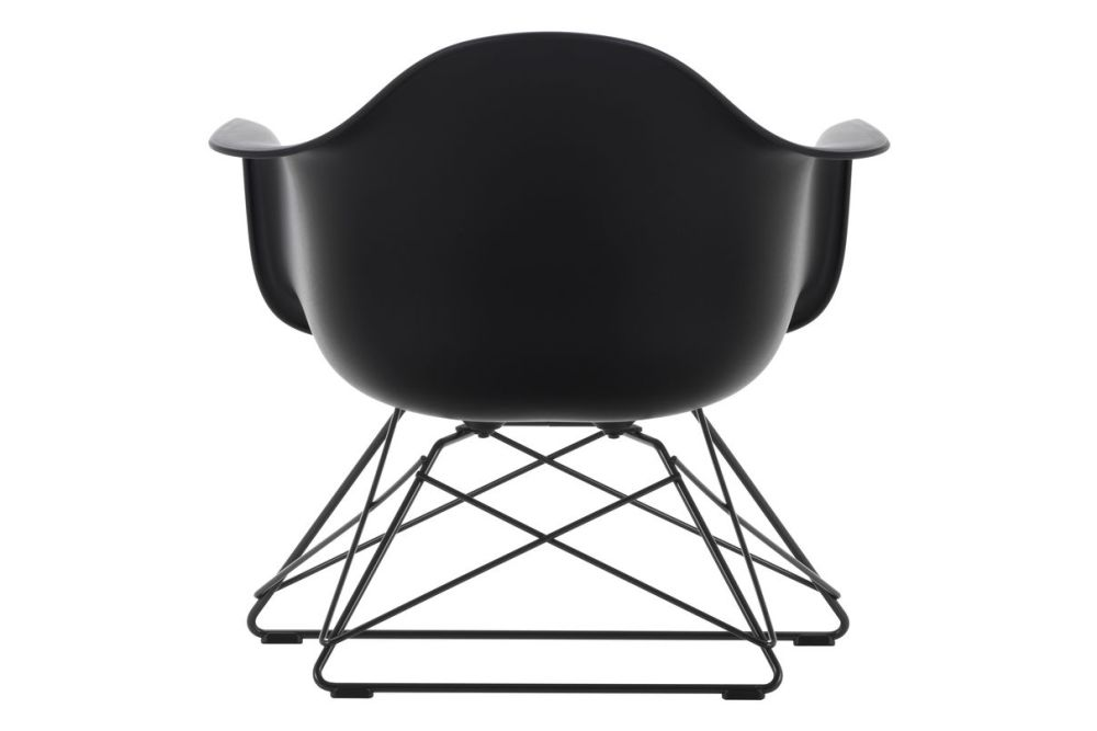 https://res.cloudinary.com/clippings/image/upload/t_big/dpr_auto,f_auto,w_auto/v1591177424/products/eames-lar-plastic-armchair-vitra-charles-ray-eames-clippings-11414122.jpg
