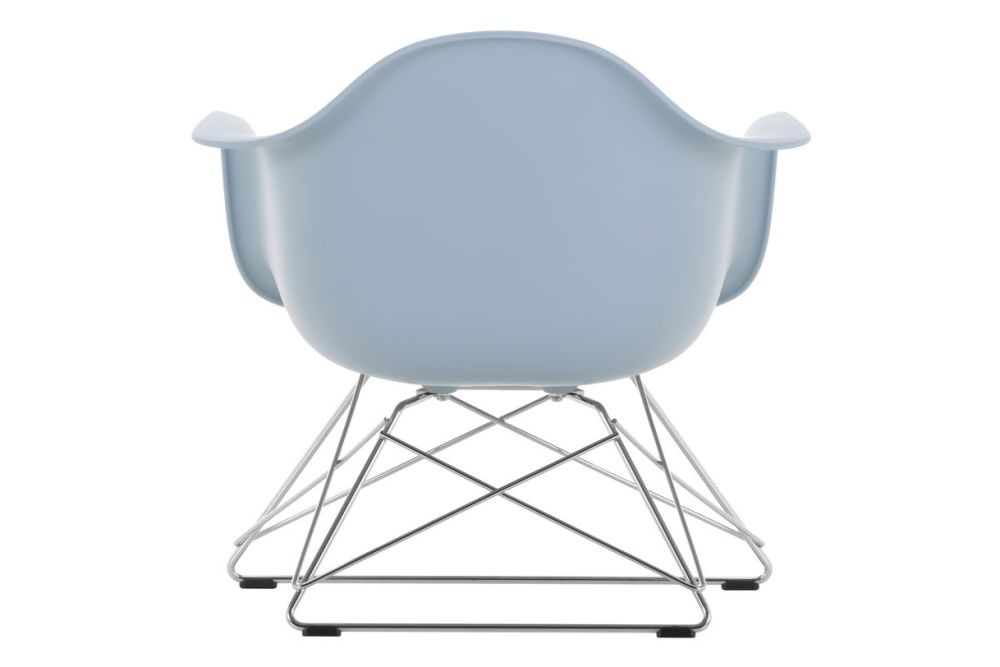 https://res.cloudinary.com/clippings/image/upload/t_big/dpr_auto,f_auto,w_auto/v1591177467/products/eames-lar-plastic-armchair-vitra-charles-ray-eames-clippings-11414128.jpg
