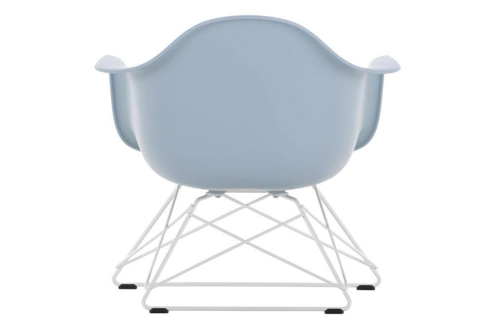 https://res.cloudinary.com/clippings/image/upload/t_big/dpr_auto,f_auto,w_auto/v1591177479/products/eames-lar-plastic-armchair-vitra-charles-ray-eames-clippings-11414131.jpg