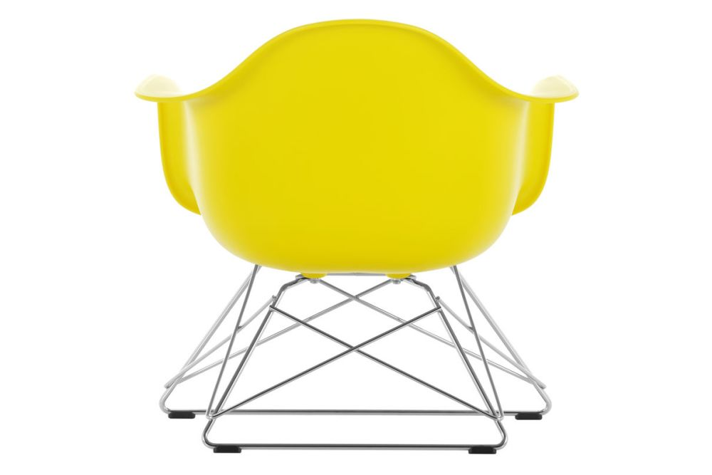 https://res.cloudinary.com/clippings/image/upload/t_big/dpr_auto,f_auto,w_auto/v1591177743/products/eames-lar-plastic-armchair-vitra-charles-ray-eames-clippings-11414153.jpg