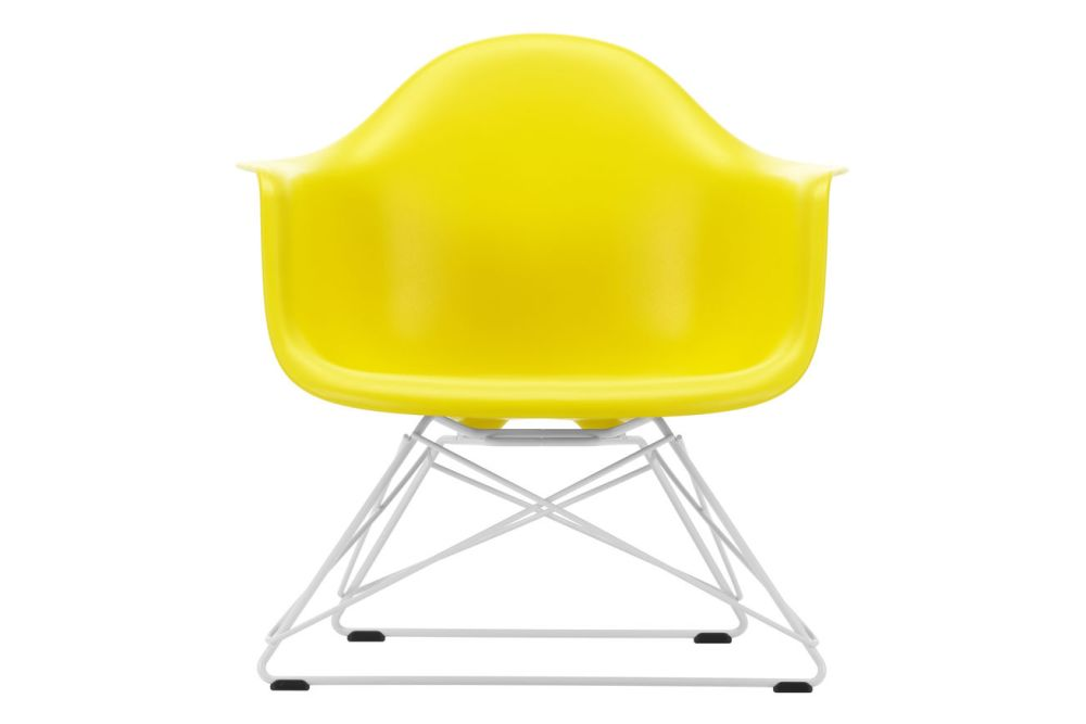 https://res.cloudinary.com/clippings/image/upload/t_big/dpr_auto,f_auto,w_auto/v1591177774/products/eames-lar-plastic-armchair-vitra-charles-ray-eames-clippings-11414158.jpg