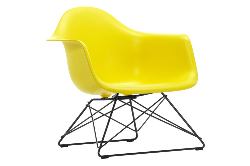 https://res.cloudinary.com/clippings/image/upload/t_big/dpr_auto,f_auto,w_auto/v1591177790/products/eames-lar-plastic-armchair-vitra-charles-ray-eames-clippings-11414162.jpg