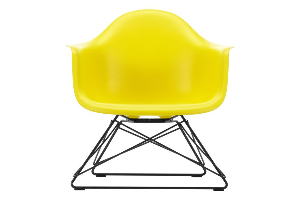 https://res.cloudinary.com/clippings/image/upload/t_big/dpr_auto,f_auto,w_auto/v1591177791/products/eames-lar-plastic-armchair-vitra-charles-ray-eames-clippings-11414163.jpg