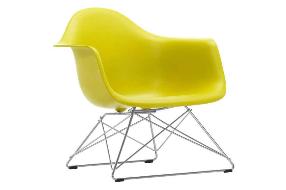 https://res.cloudinary.com/clippings/image/upload/t_big/dpr_auto,f_auto,w_auto/v1591177832/products/eames-lar-plastic-armchair-vitra-charles-ray-eames-clippings-11414167.jpg