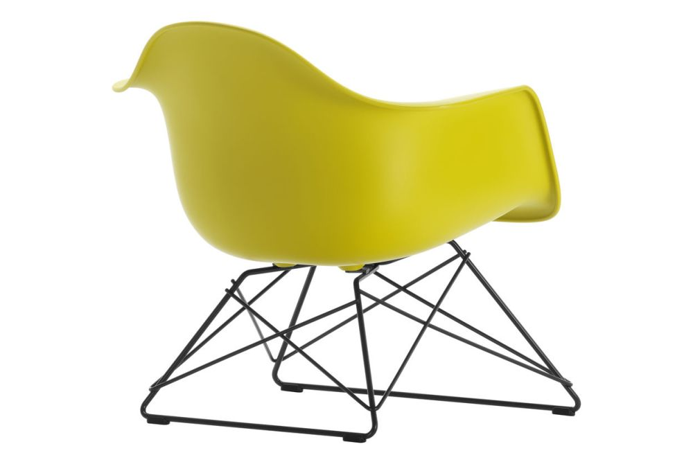 https://res.cloudinary.com/clippings/image/upload/t_big/dpr_auto,f_auto,w_auto/v1591177919/products/eames-lar-plastic-armchair-vitra-charles-ray-eames-clippings-11414176.jpg