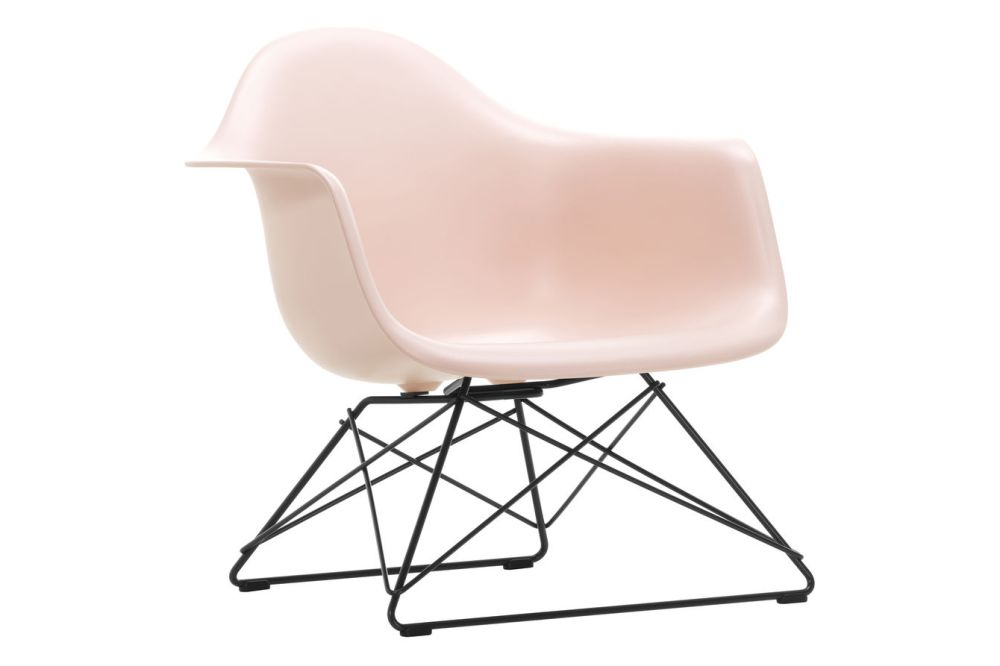 https://res.cloudinary.com/clippings/image/upload/t_big/dpr_auto,f_auto,w_auto/v1591178059/products/eames-lar-plastic-armchair-vitra-charles-ray-eames-clippings-11414188.jpg