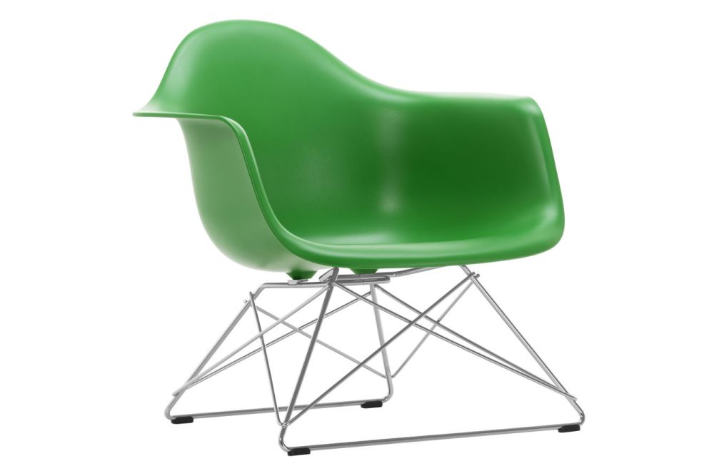 https://res.cloudinary.com/clippings/image/upload/t_big/dpr_auto,f_auto,w_auto/v1591178109/products/eames-lar-plastic-armchair-vitra-charles-ray-eames-clippings-11414191.jpg