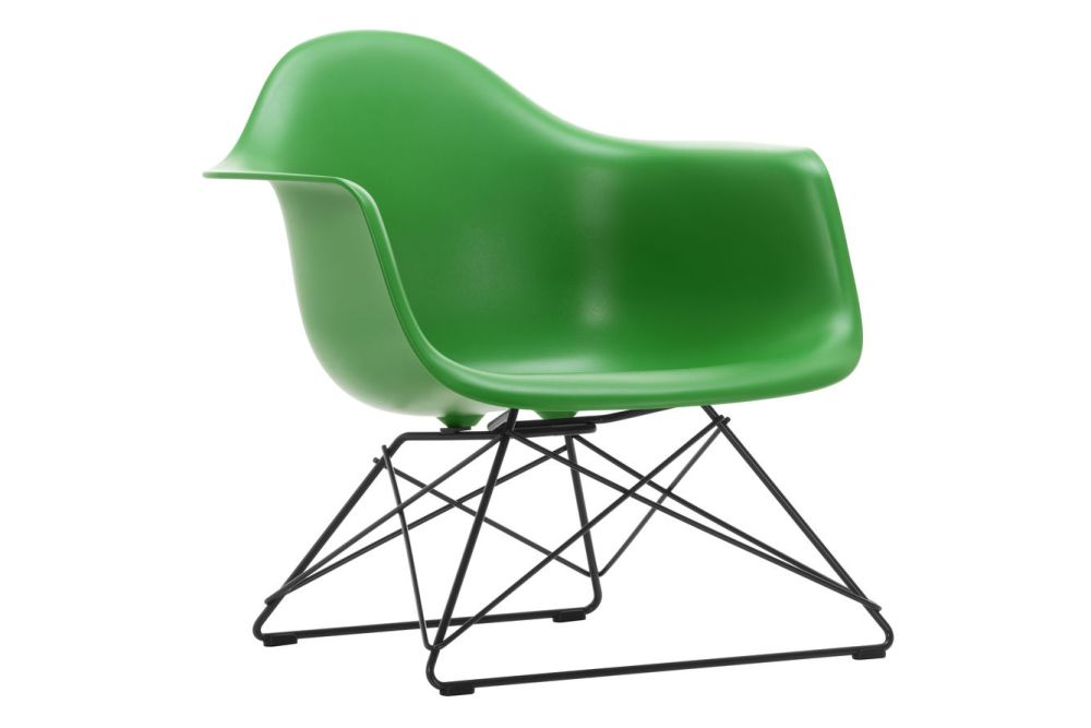 https://res.cloudinary.com/clippings/image/upload/t_big/dpr_auto,f_auto,w_auto/v1591178143/products/eames-lar-plastic-armchair-vitra-charles-ray-eames-clippings-11414199.jpg