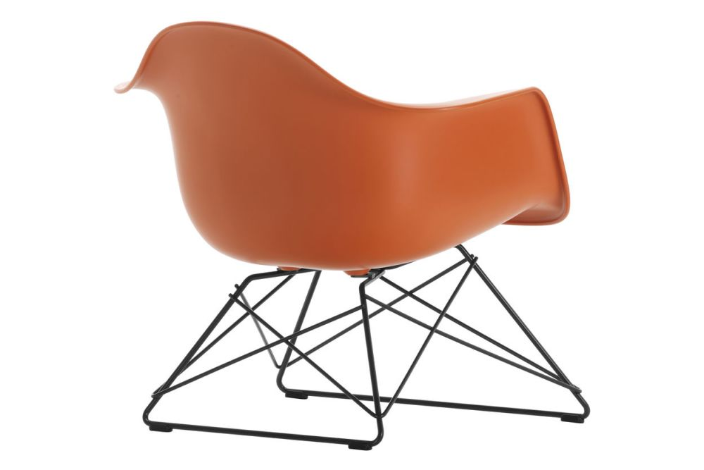 https://res.cloudinary.com/clippings/image/upload/t_big/dpr_auto,f_auto,w_auto/v1591178235/products/eames-lar-plastic-armchair-vitra-charles-ray-eames-clippings-11414212.jpg