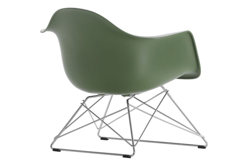 https://res.cloudinary.com/clippings/image/upload/t_big/dpr_auto,f_auto,w_auto/v1591178286/products/eames-lar-plastic-armchair-vitra-charles-ray-eames-clippings-11414218.jpg
