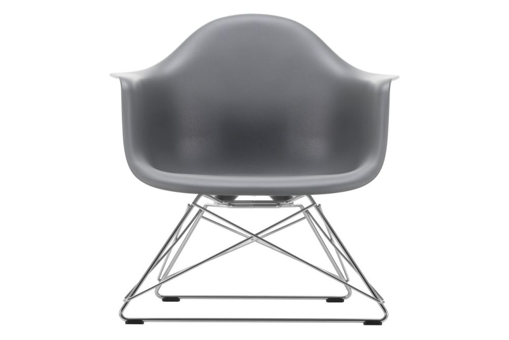 https://res.cloudinary.com/clippings/image/upload/t_big/dpr_auto,f_auto,w_auto/v1591178427/products/eames-lar-plastic-armchair-vitra-charles-ray-eames-clippings-11414225.jpg