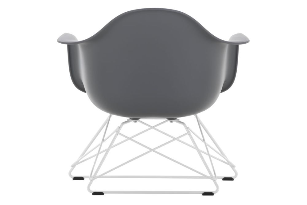 https://res.cloudinary.com/clippings/image/upload/t_big/dpr_auto,f_auto,w_auto/v1591178451/products/eames-lar-plastic-armchair-vitra-charles-ray-eames-clippings-11414229.jpg
