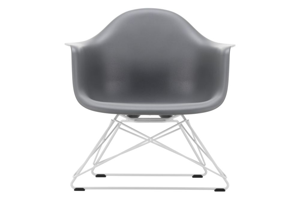 https://res.cloudinary.com/clippings/image/upload/t_big/dpr_auto,f_auto,w_auto/v1591178453/products/eames-lar-plastic-armchair-vitra-charles-ray-eames-clippings-11414230.jpg
