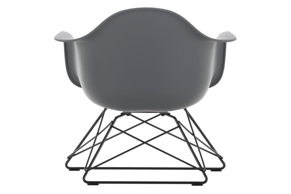 https://res.cloudinary.com/clippings/image/upload/t_big/dpr_auto,f_auto,w_auto/v1591178467/products/eames-lar-plastic-armchair-vitra-charles-ray-eames-clippings-11414231.jpg